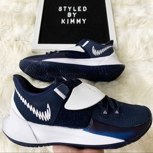 NIKE KYRIE Sneakers Shoes NEW WHITE Navy